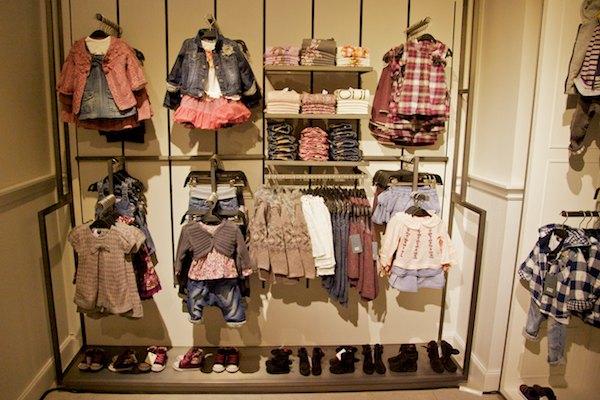 http-_revisioninterior.blogspot.com.es_2012_03_zara-quinta-avenida-ny.html
